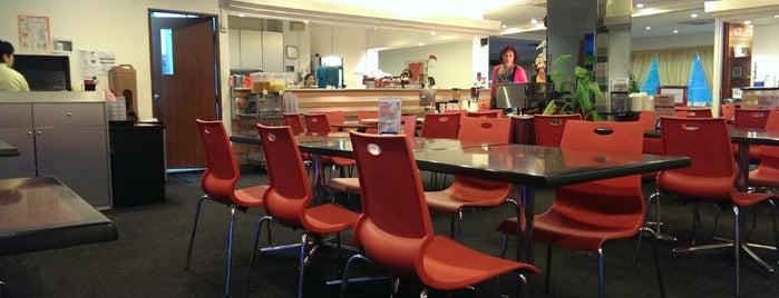 Metro Y Restaurant is one of Greasy Spoon Badge venues.