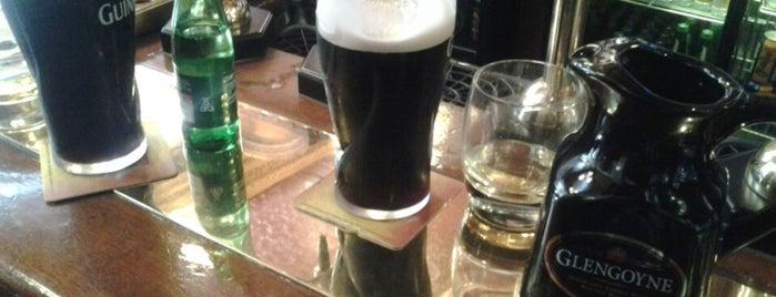 Leslie's Bar is one of Real Ale in Edinburgh.
