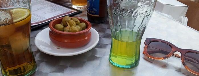 Bar Cafetería Lydia Plaza is one of En Domingo: Ruta de la Tapa en Antequera.
