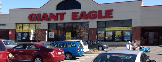 Giant Eagle Supermarket is one of Best Places to buy Bacon in Pittsburgh.