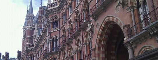 London St Pancras International Railway Station (STP) is one of Railway Stations in UK.