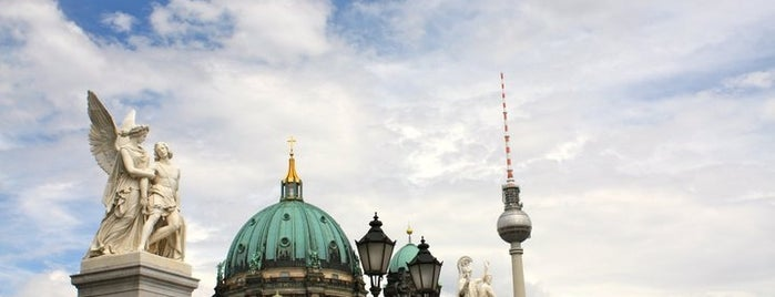 Lustgarten is one of things to do in Berlin.