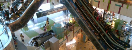 Cineleisure Orchard is one of Retail Therapy Prescriptions.