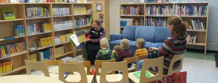Kivenlahden kirjasto is one of HelMet-kirjaston palvelupisteet.