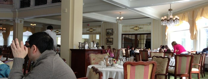 The Dining Room at Omni Mount Washington Hotel is one of Bretton Woods Dining Options.