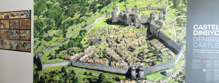 Denbigh Castle is one of Historic Castles of North Wales.