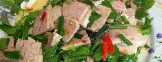 บ้านหมูอ้วน is one of FOOD.