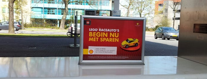 Shell Apeldoorn Zuid is one of Shell Tankstations.
