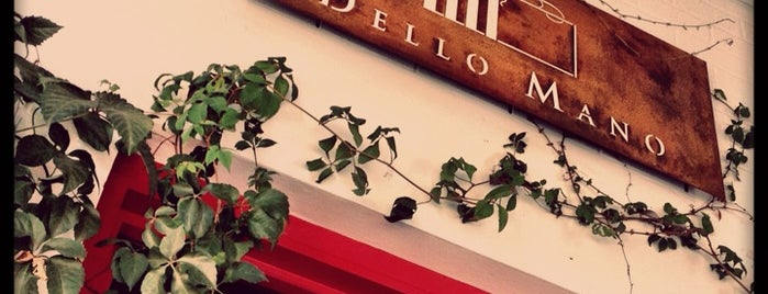 Dello Mano Cafe is one of Best Cafes in Brisbane.