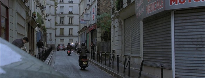 The bourne identity 2002 for 104 rue du jardin paris
