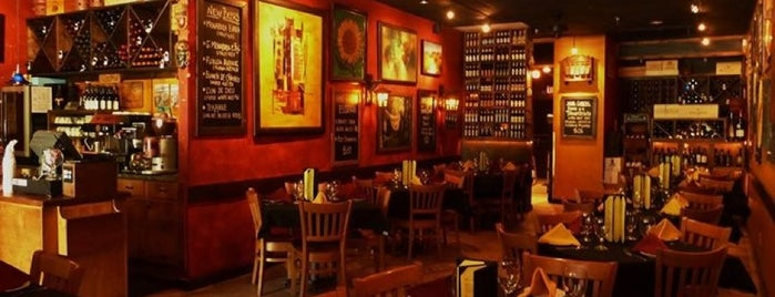 Terra Sur Cafe is one of Tampa Bay Date Nights.