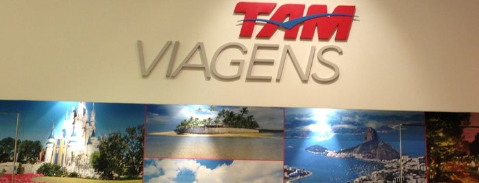 TAM Viagens is one of Shopping Metrô Santa Cruz.