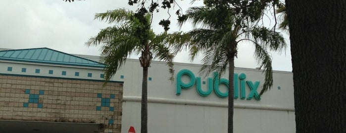 Publix is one of Must-visit Food and Drink Shops in Boca Raton.