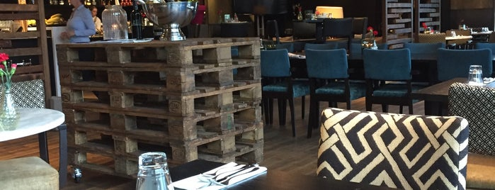 DoubleTree by Hilton Hotel Amsterdam - NDSM Wharf is one of I ♥ Noord.