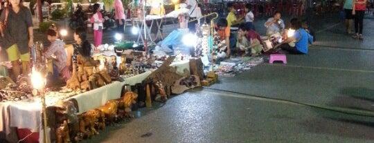 Trang Walking Street is one of หม่ำๆที่ตรัง.