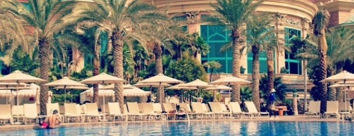 The Atlantis Swimming Pool is one of Best places in Dubai, United Arab Emirates.