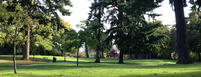 Salmon Bay Park is one of Seattle's 400+ Parks [Part 1].