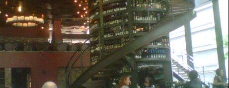 Purple Café & Wine Bar is one of Dinner.