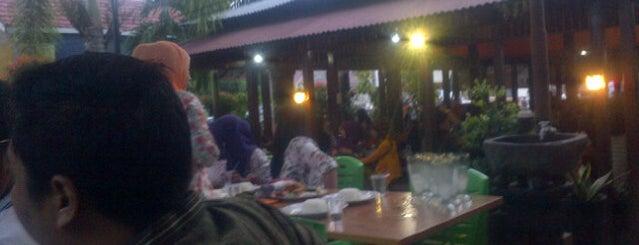 Café Cik Puan is one of Guide to Rengat's best spots.