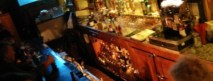 Geary Club is one of SF Bars.