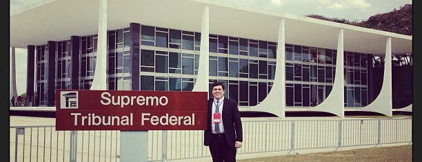 Supremo Tribunal Federal (STF) is one of Lugares....