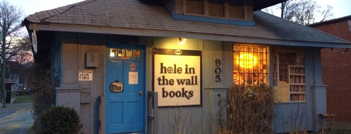 Hole In The Wall Books is one of Read.