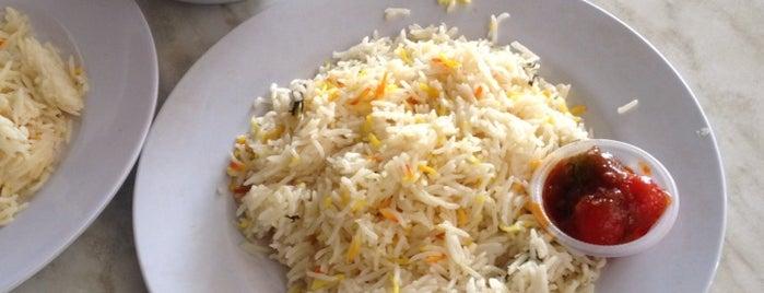 Rasa Village Food Court is one of ffafara's Tips.
