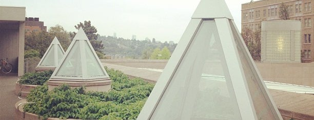 UW: Henry Art Gallery is one of Seattle Tour #VisitUs.
