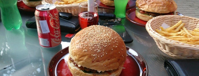 BurgerLand is one of Badge ¤ Flame Broiled.