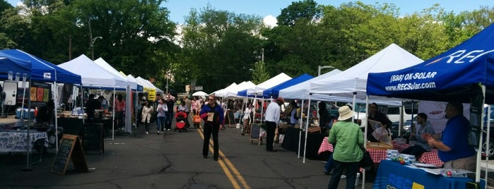 Bronxville Farmers' Market is one of Frequent places.