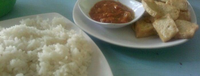 Manajemen Cafe - Sentra Bisnis is one of Universitas Tadulako Palu.