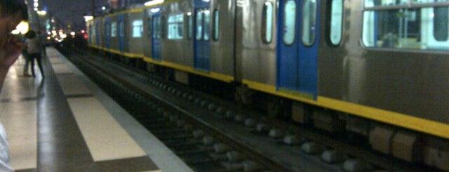 LRT 1 (Roosevelt Station) is one of fave spot.