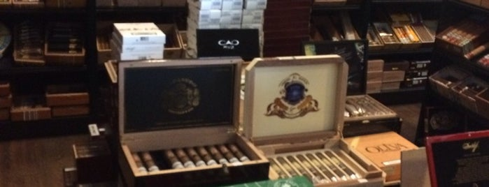 Van Dalen Cigars is one of Sigarenzaken/rooklounges.