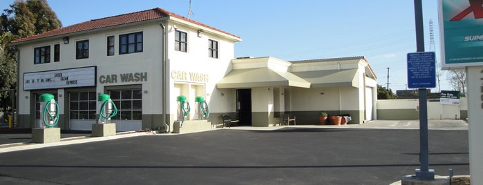 Green Clean Xpress Car Wash is one of Favorite places.