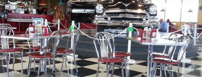 The Chatterbox Drive-In is one of My Favorite Places To Eat.