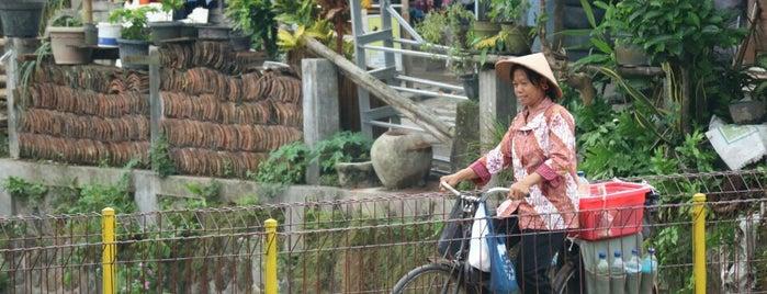 Bantaran Kali Code Sendowo is one of All-time favorites in Indonesia.