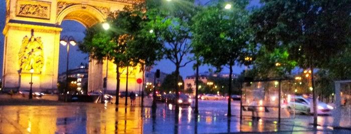 Arc de Triomphe is one of Mon Carnet de bord.