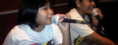 D' Class is one of Karaoke Lounge in Makassar.