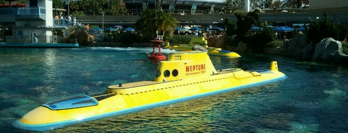 Finding Nemo Submarine Voyage is one of Rides I Done...Rode.