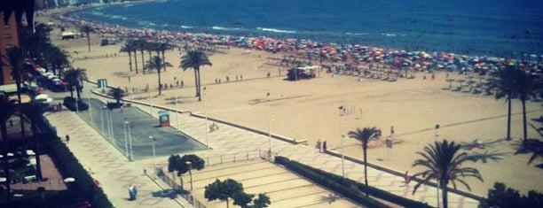Playa de Cullera is one of Lugares turísticos de la Provincia de Valencia.