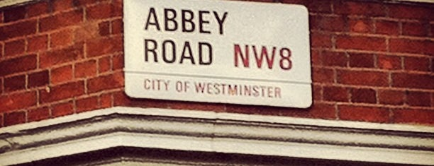 Abbey Road Studios is one of Posti da vedere a Londra.