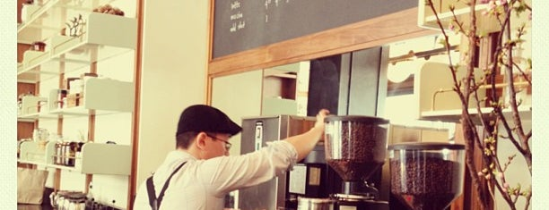 Stumptown Coffee Roasters is one of Unravel New York.