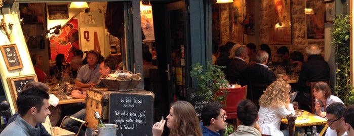 Le Petit Parisien is one of Paris.