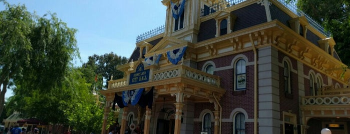City Hall - Guest Relations is one of Disneyland Fun!!!.