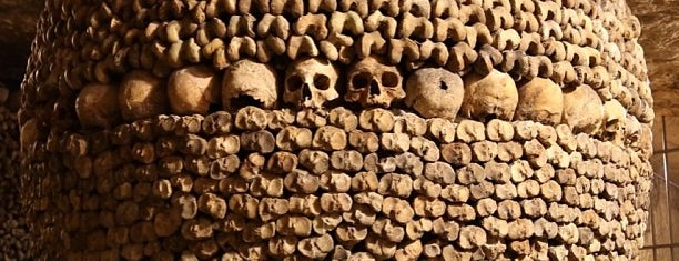 Catacombs of Paris is one of Dream Destinations.
