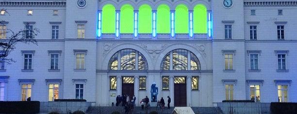 Hamburger Bahnhof - Museum für Gegenwart is one of Berlin Oster '12.