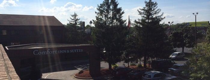 Comfort Inn & Suites is one of To SU.