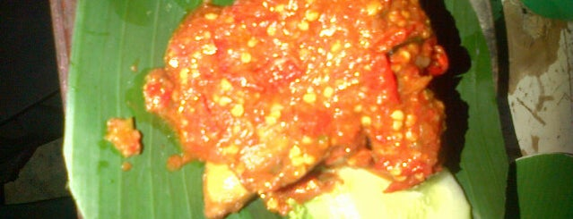 Ayam Penyet Bu Mai is one of All-time favorites in Indonesia.