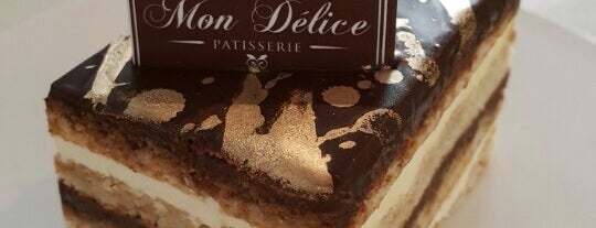 Delicious Cake & Pastry