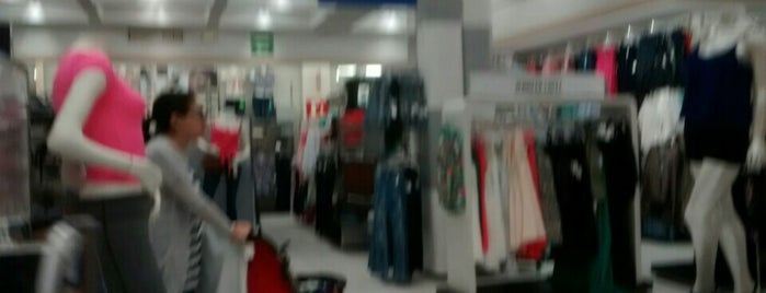 Coppel Madero is one of Tiendas en General.